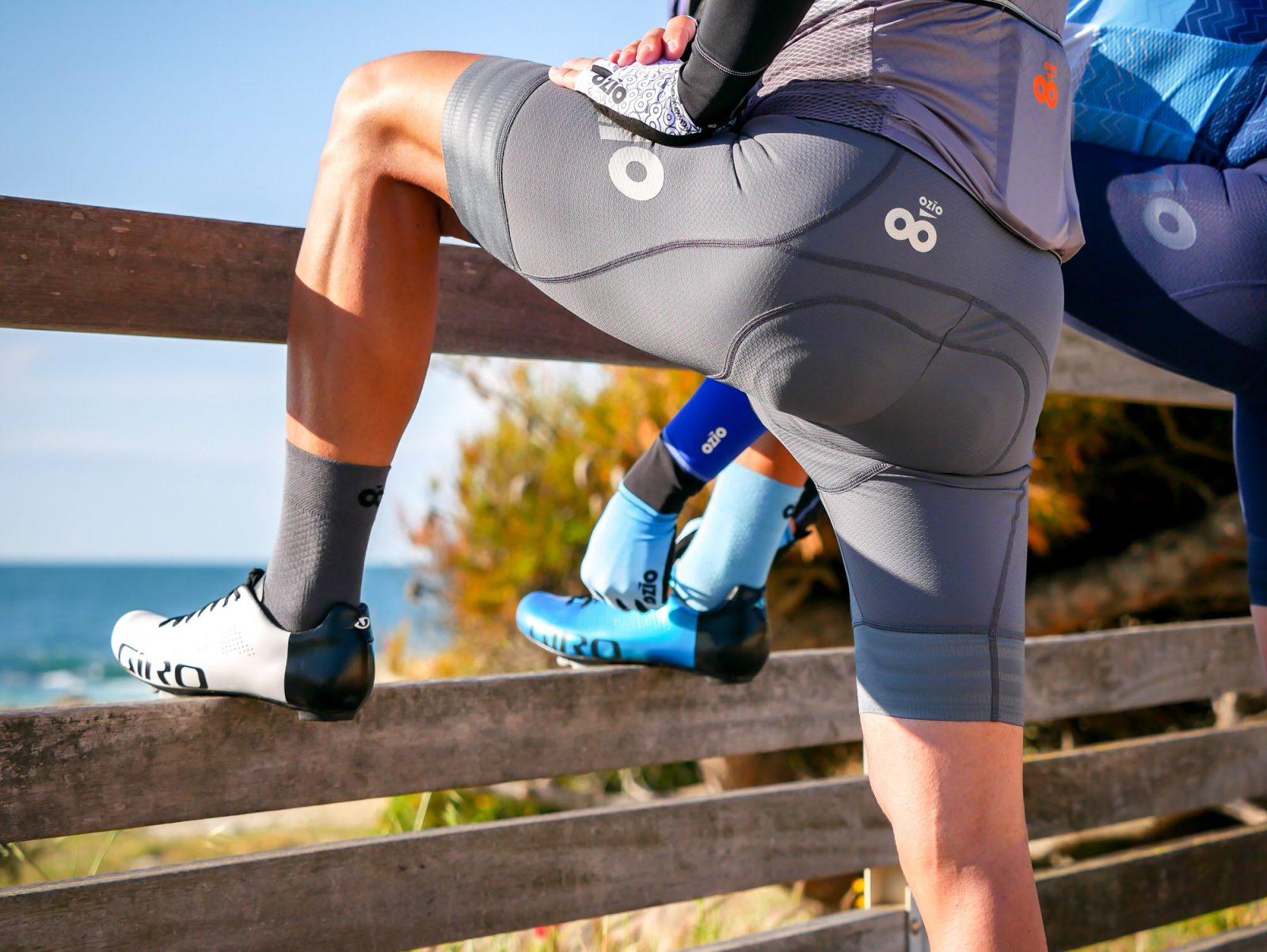 Cuissard et chaussettes de vélo gris OZIO