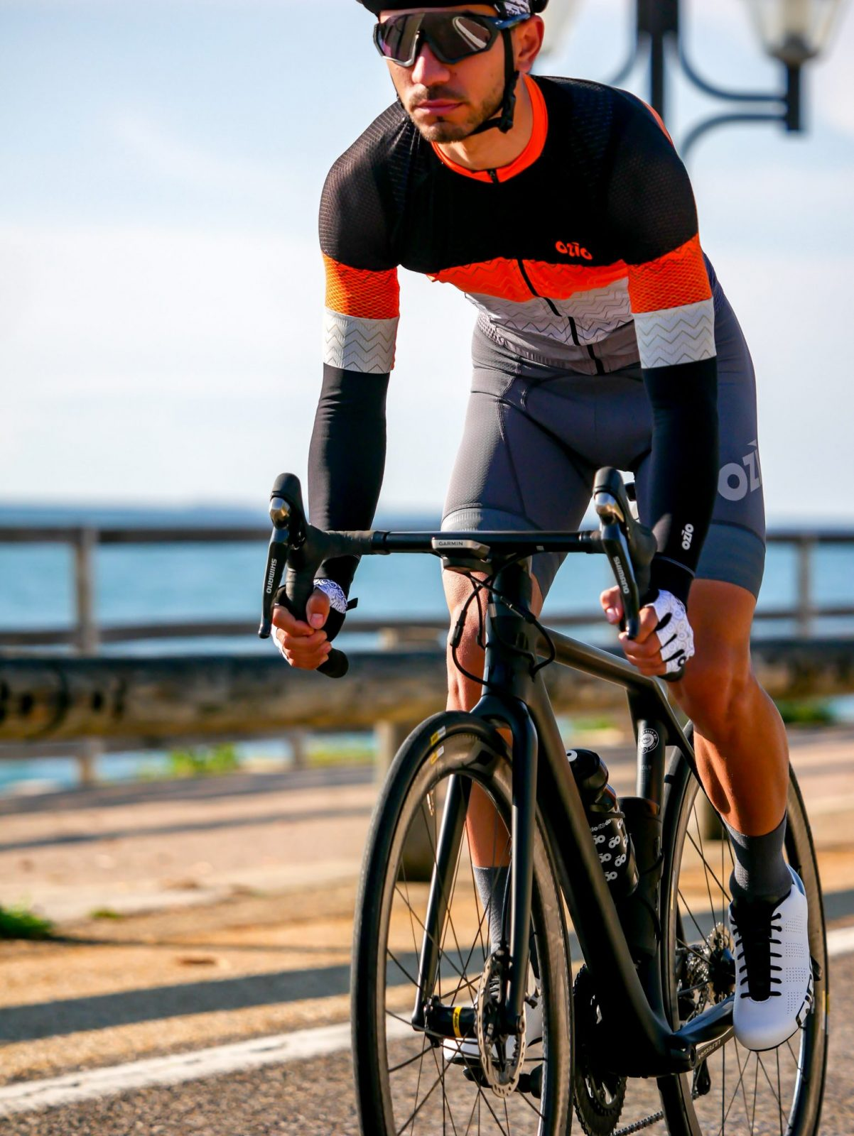 Maillot et cuissard de vélo OZIO