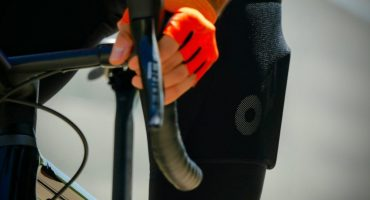 Offer a men's cycling outfit? 3 tips