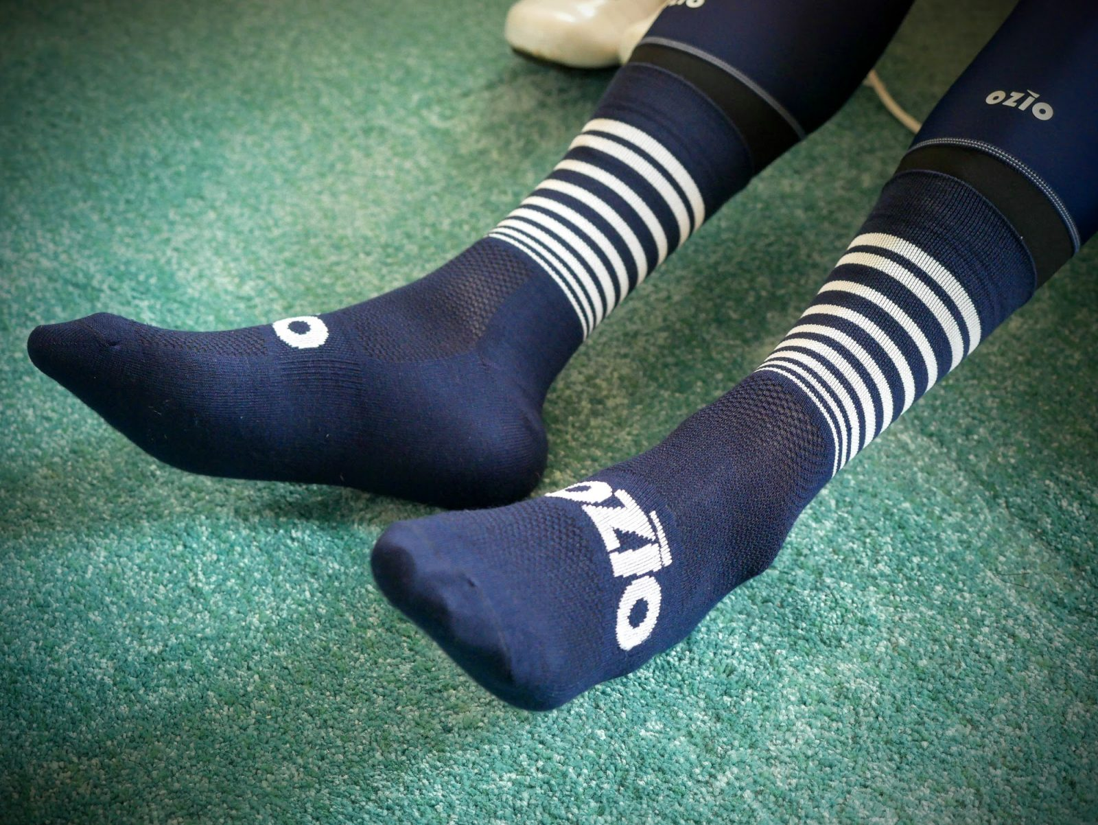 Chaussettes de vélo hiver en laine Mérinos bleues OZIO
