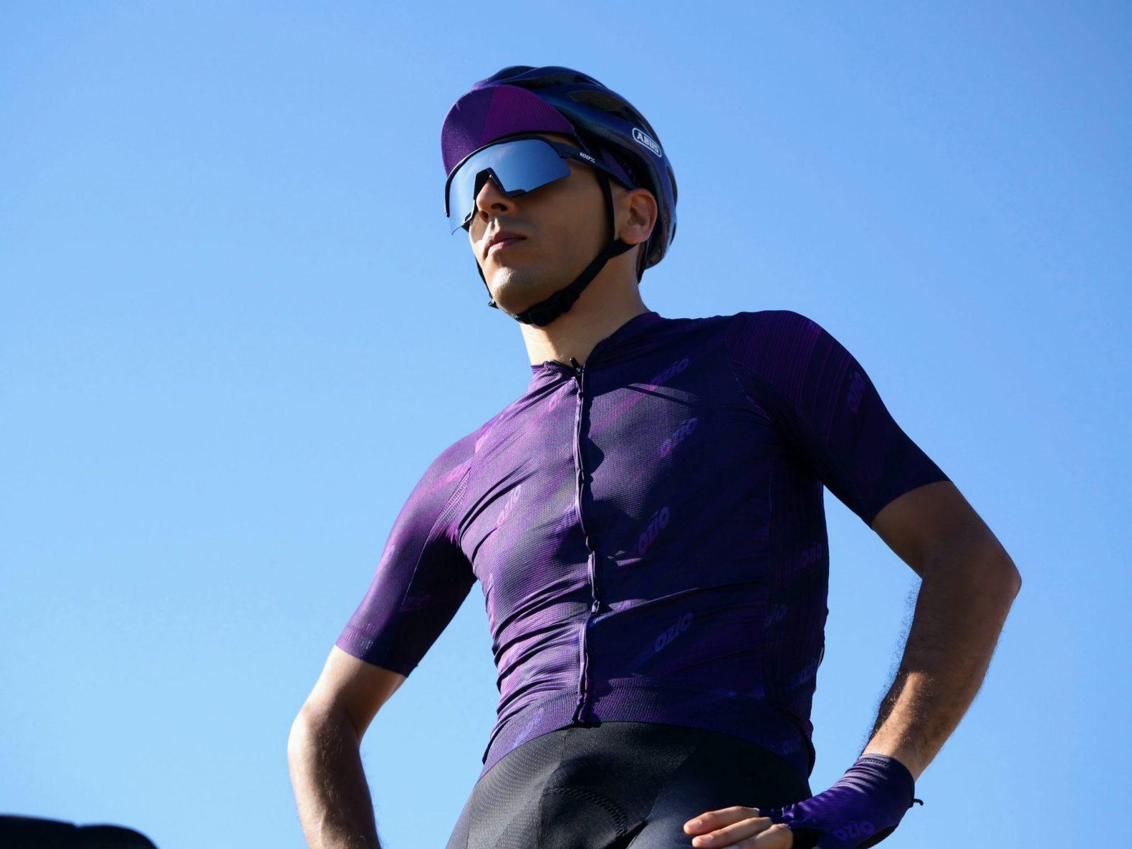 maillot de cycliste ciel bleu