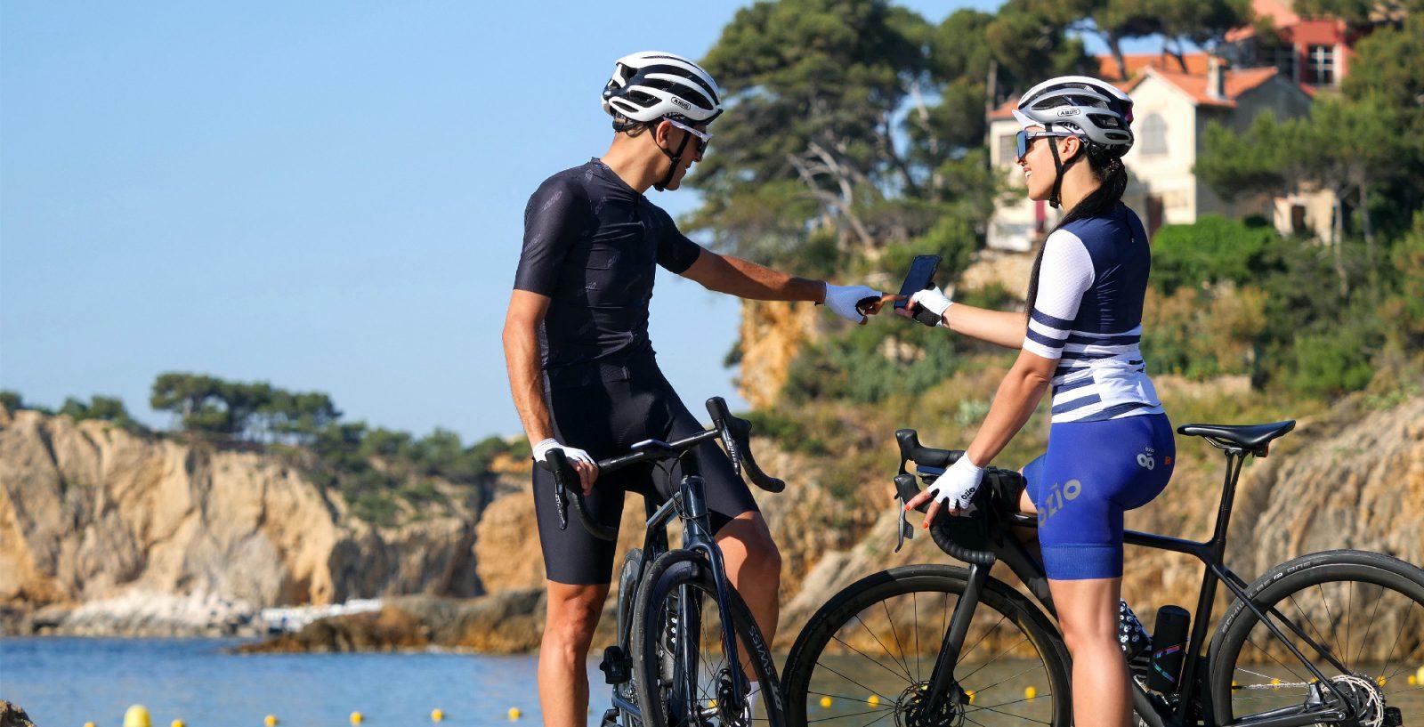 cyclistes tenues d'été